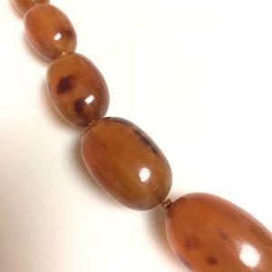 Vintage Jewelry - VINTAGE 1930'S ROOTBEER BAKELITE BEAD NECKLACE